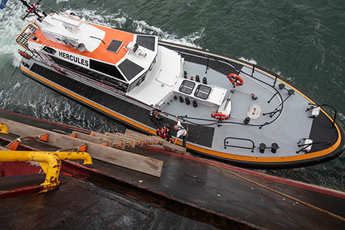 Loodswezen region North uses H-class tenders to carry registered pilots to and from inbound and outbound sea-going vessels 24 hours a day and 7 days a week